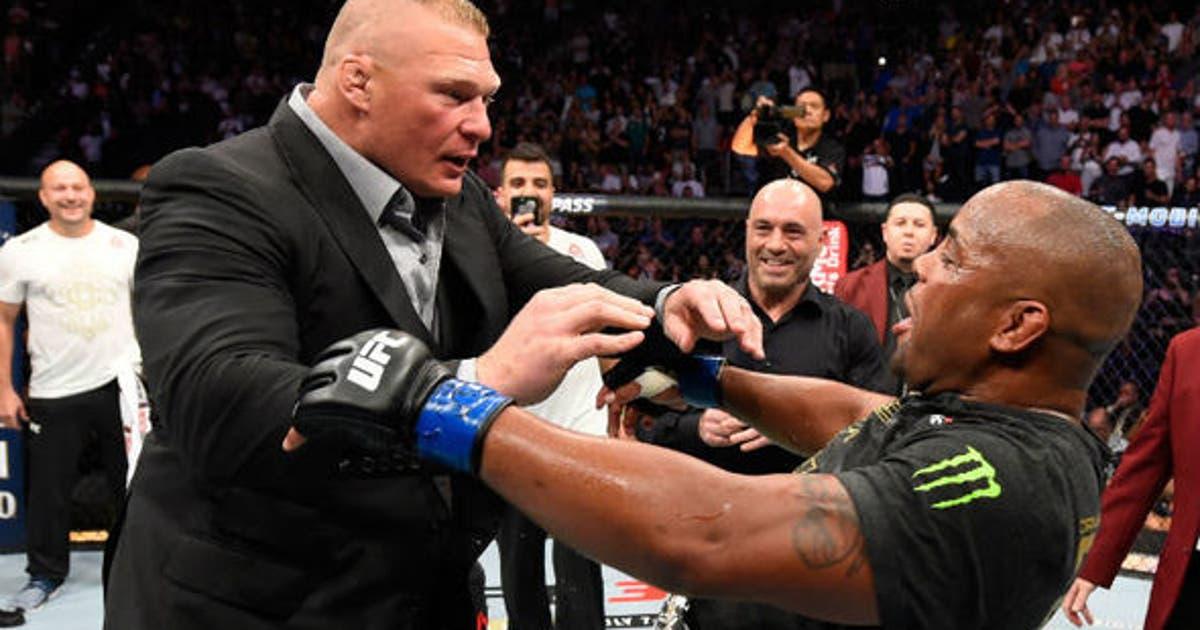 635c1b22263 UFC 226  Daniel Cormier becomes new heavyweight champ