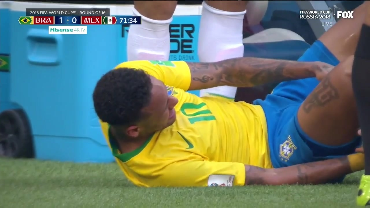 Watch Neymar react to suffering an apparent ankle injury