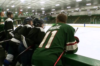Parise, local pros skate with kids from Children's Minnesota