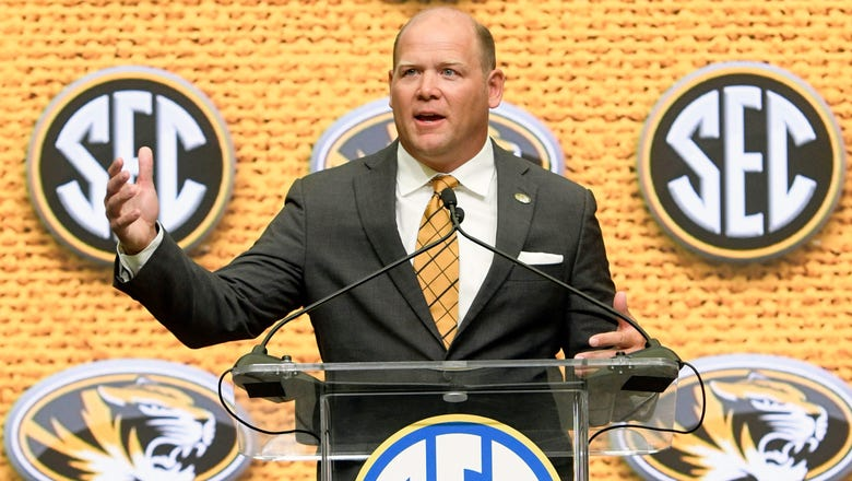 Mizzou's Odom can't make splash with his shoes at SEC media days
