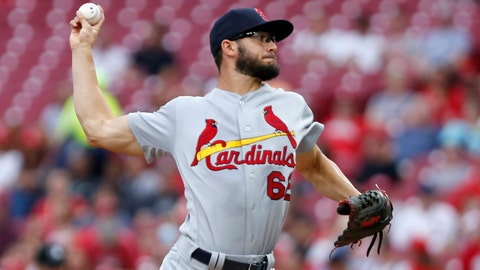 Cardinals lose combined no-hitter vs. Reds in 8th