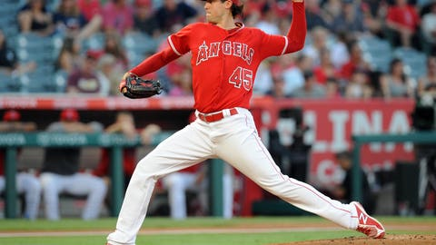 Skaggs stays spectacular