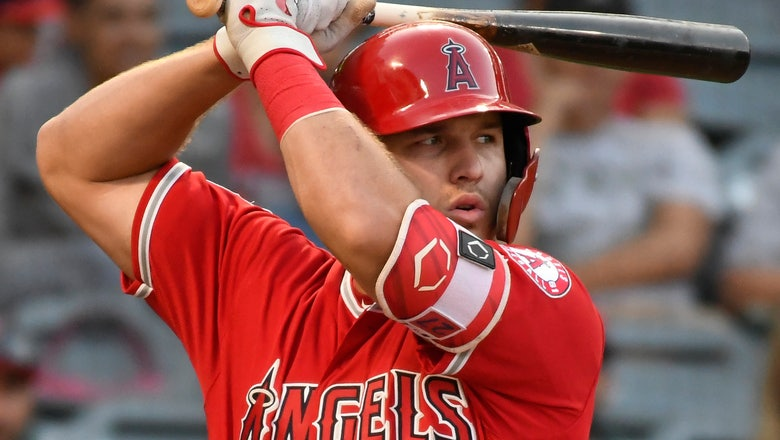 WATCH: Mike Trout doing Mike Trout things