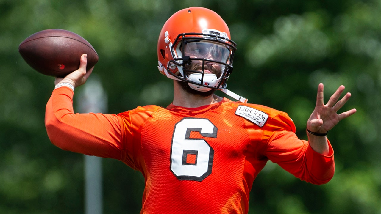 hot sale online 372c8 bda0d Colin on reports Browns 'floored' by Baker Mayfield at camp