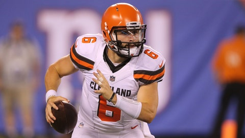 EAST RUTHERFORD, NJ - AUGUST 09: Baker Mayfield #6 of the Cleveland Browns in action against the New York Giants during their preseason game on August 9,2018 at MetLife Stadium in East Rutherford, New Jersey. (Photo by Al Pereira/Getty Images)