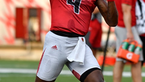 <p>               FILE - In this  Saturday, Aug. 11, 2018 file photo, Louisville quarterback Jawon Pass participates in drills during Louisville Football Fan Day in Louisville, Ky. Jawon Pass has plenty of confidence. The Louisville quarterback will need all of it for both his major challenges this season. First there's succeeding 2016 Heisman Trophy winner Lamar Jackson. (AP Photo/Timothy D. Easley, File)             </p>
