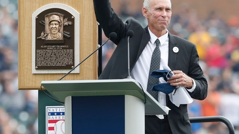 <p>               Detroit Tigers Hall of Fame inductee Alan Trammell waves after addressing fans during a pre-game ceremony where his number was retired at Comerica Park before a baseball game between the Tigers and the Chicago White Sox, Sunday, Aug. 26, 2018, in Detroit. (AP Photo/Carlos Osorio)             </p>