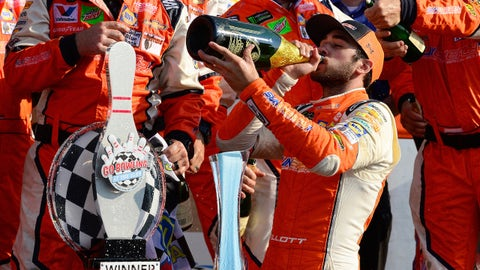 WATKINS GLEN, NY - AUGUST 05:  Chase Elliott, driver of the #9 SunEnergy1 Chevrolet, celebrates in Victory Lane after winning during the Monster Energy NASCAR Cup Series GoBowling at The Glen at Watkins Glen International on August 5, 2018 in Watkins Glen, New York.  (Photo by Robert Laberge/Getty Images)