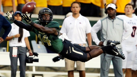 <p>               FILE - In this Sept. 9, 2017, file photo, Baylor wide receiver Chris Platt (14) reaches for an incomplete pass against UTSA during the first half of an NCAA college football game in Waco, Texas. Platt and nine other fifth-year seniors who first arrived on the Waco campus with the program at the peak of its on-field success are now set to start their final season after tumultuous times filled with criticisms of the program and the school's first 11-loss season. (Rod Aydelotte/Waco Tribune-Herald via AP, File)             </p>