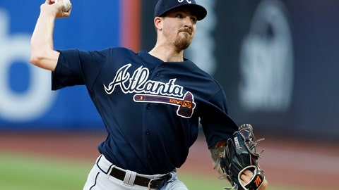 <p>               Atlanta Braves starting pitcher Kevin Gausman delivers a pitch during the first inning of a baseball game against the New York Mets on Saturday, Aug. 4, 2018, in New York. (AP Photo/Adam Hunger)             </p>
