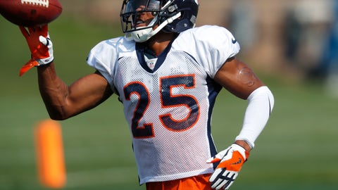 <p>               Denver Broncos defensive back Chris Harris takes part in drills during NFL football training camp Tuesday, Aug. 7, 2018, in Englewood, Colo. (AP Photo/David Zalubowski)             </p>