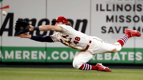 <p>               St. Louis Cardinals center fielder Harrison Bader dives to catch a fly ball by Milwaukee Brewers' Mike Moustakas for an out during the eighth inning of a baseball game Saturday, Aug. 18, 2018, in St. Louis. (AP Photo/Jeff Roberson)             </p>