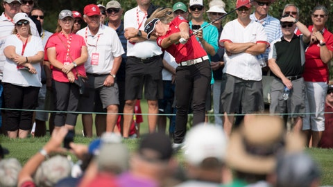 <p>               Golf fans look on as Brooke Henderson, of Canada, tees off on the second hole during the women's Canadian Open golf tournament in Regina, Saskatchewan, Friday, Aug. 24, 2018. (Jonathan Hayward/The Canadian Press via AP)             </p>