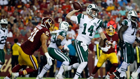 <p>               New York Jets quarterback Sam Darnold (14) throws under pressure from Washington Redskins linebacker Ryan Kerrigan, left, during the first half of a preseason NFL football game Thursday, Aug. 16, 2018, in Landover, Md. (AP Photo/Alex Brandon)             </p>