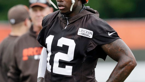 <p>               FILE - In this Tuesday, June 12, 2018, file photo, Cleveland Browns wide receiver Josh Gordon takes a break during practice at the NFL football team's training camp facility, in Berea, Ohio. On Sunday, Aug. 19, 2018, Gordon watched his teammates practice on his first day back from a long absence. (AP Photo/Tony Dejak, File)             </p>