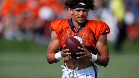 <p>               Denver Broncos running back Phillip Lindsay takes part in drills at the team's NFL football training camp Wednesday, Aug. 1, 2018, in Englewood, Colo. (AP Photo/David Zalubowski)             </p>