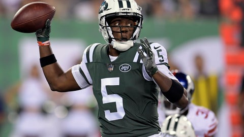 <p>               FILE - In this Friday, Aug. 24, 2018 file photo, New York Jets quarterback Teddy Bridgewater (5) passes against the New York Giants during the third quarter of a preseason NFL football game in East Rutherford, N.J. A person familiar with the situation says the New Orleans Saints have agreed to acquire veteran quarterback Teddy Bridgewater from the New York Jets for a draft pick, Wednesday, Aug. 29, 2018. (AP Photo/Bill Kostroun, File)             </p>