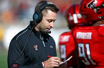 Kingsbury not nervous about Texas Tech's QB uncertainty