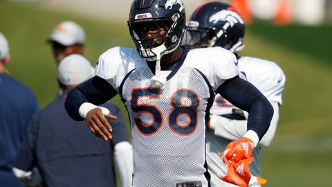 <p>               Denver Broncos linebacker Von Miller takes part in drills during a joint NFL football training camp session against the Chicago Bears Wednesday, Aug. 15, 2018, at Broncos' headquarters in Englewood, Colo. (AP Photo/David Zalubowski)             </p>