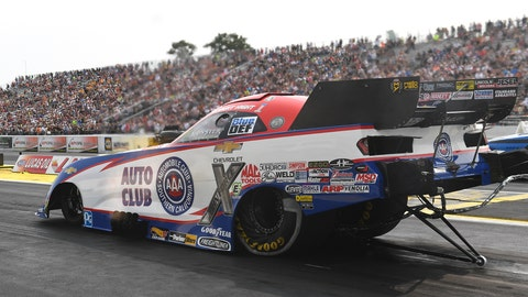 <p>               In this photo provided by the NHRA, Robert Hight drives in Funny Car qualifying at the Lucas Oil NHRA Nationals drag races at Brainerd International Raceway on Saturday, Aug. 18, 2018, in Brainerd, Minn. Hight drove to a 3.959-second pass at 324.67 mph to earn the No. 1 qualifying position. (Marc Gewertz/NHRA via AP)             </p>