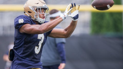 <p>               Notre Dame running back Avery Davis makes a catch during an NCAA football practice in South Bend, Ind., Wednesday, Aug. 15, 2018.  (Robert Franklin/South Bend Tribune via AP)             </p>