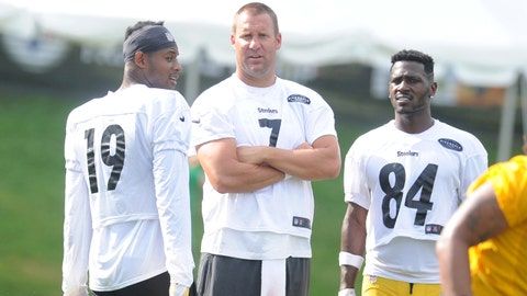 Jul 27, 2018; Latrobe, PA, USA; Pittsburgh Steelers wide receiver JuJu Smith-Schuster (19) and quarterback Ben Roethlisberger (7) and wide receiver Antonio Brown (84) during training camp at St. Vincent College. Mandatory Credit: Philip G. Pavely-USA TODAY Sports