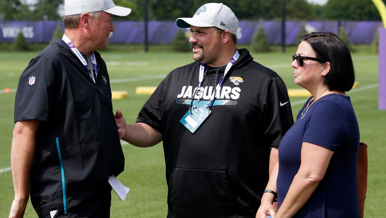 Weeks after father's death, Jags' Sparano returns to Minnesota