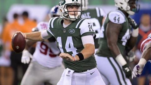 <p>               New York Jets quarterback Sam Darnold (14) steps back to throw against the New York Giants during the second quarter of an NFL football game, Friday, Aug. 24, 2018, in East Rutherford, N.J. (AP Photo/Bill Kostroun)             </p>