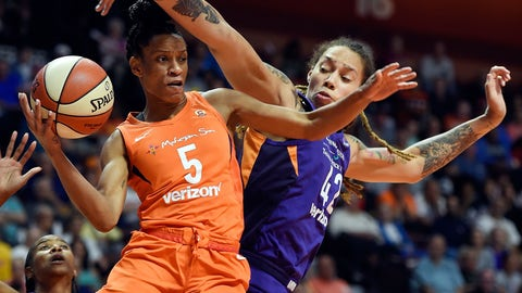 <p>               Connecticut Sun guard Jasmine Thomas runs into the defense of Phoenix Mercury center Brittney Griner (42) during the first half of a single-elimination WNBA basketball playoff game Thursday, Aug. 23, 2018, in Uncasville, Conn. (Sean D. Elliot/The Day via AP)             </p>