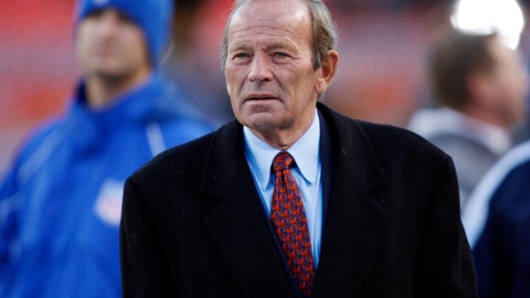 <p>               FILE - In this Oct. 21, 2007, file photo, Denver Broncos owner Pat Bowlen looks on during pre-game warmups before an NFL football game against the Pittsburgh Steelers in Denver. Bowlen's nomination for the Pro Football Hall of Fame is a jolt of good news for a franchise that's had little to cheer in the 30 months since winning Super Bowl 50. (AP Photo/David Zalubowski, File)             </p>