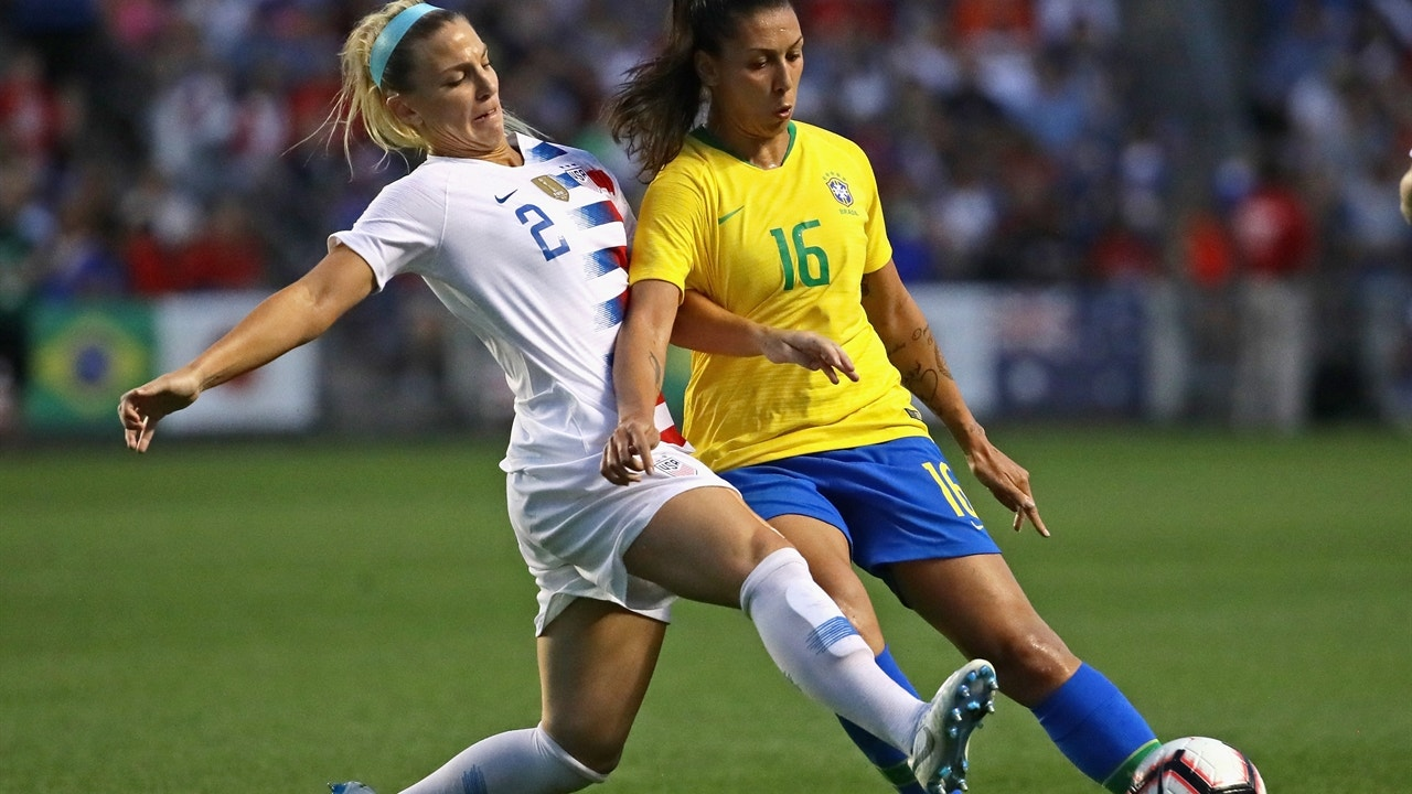 new products a3d40 73fec Julie Ertz puts the USWNT ahead early in the second half | 2018 TOURNAMENT  OF NATIONS