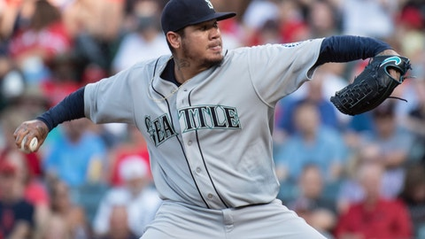 <p>               Seattle Mariners starting pitcher Felix Hernandez delvers a pitch during the first inning of the team's baseball game against the Los Angeles Angels in Anaheim, Calif., Saturday, July 28, 2018. (AP Photo/Kyusung Gong)             </p>