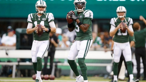 <p>               New York Jets quarterback Teddy Bridgewater (5) warms up with teammates Sam Darnold (14) and Josh McCown (15) before a preseason NFL football game against the Atlanta Falcons, Friday, Aug. 10, 2018, in East Rutherford, N.J. (AP Photo/Adam Hunger)             </p>