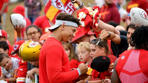 MAHOMES' TURN