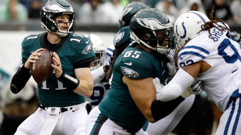 <p>               Philadelphia Eagles' Carson Wentz looks to pass during the first half of an NFL football game against the Indianapolis Colts, Sunday, Sept. 23, 2018, in Philadelphia. (AP Photo/Matt Rourke)             </p>