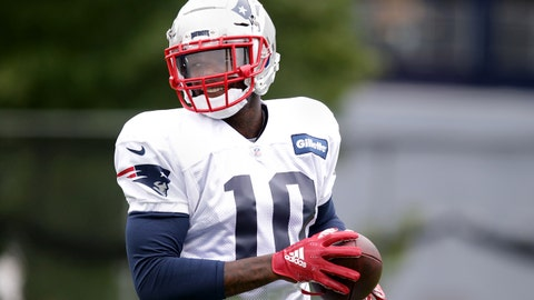 FOXBOROUGH, MA - SEPTEMBER 19: New England Patriots' Josh Gordon (10) participates in a drill during New England Patriots practice at the Gillette Stadium practice facility in Foxborough, MA on Sep. 19, 2018. (Photo by Jonathan Wiggs/The Boston Globe via Getty Images)