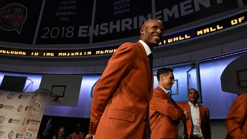 <p>               Ray Allen, a class of 2018 inductee into the Basketball Hall of Fame, smiles as he walks off stage at the end of a news conference at the Naismith Memorial Basketball Hall of Fame, Thursday, Sept. 6, 2018, in Springfield, Mass. (AP Photo/Jessica Hill)             </p>