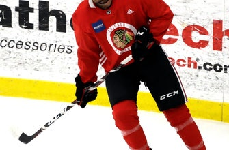 Schmaltz looking to take next step with Blackhawks