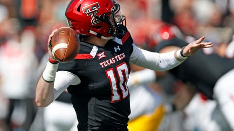 <p>               Texas Tech's Alan Bowman (10) throws a pass during the first half of an NCAA college football game against West Virginia, Saturday, Sept. 29, 2018, in Lubbock, Texas. (AP Photo/Brad Tollefson)             </p>