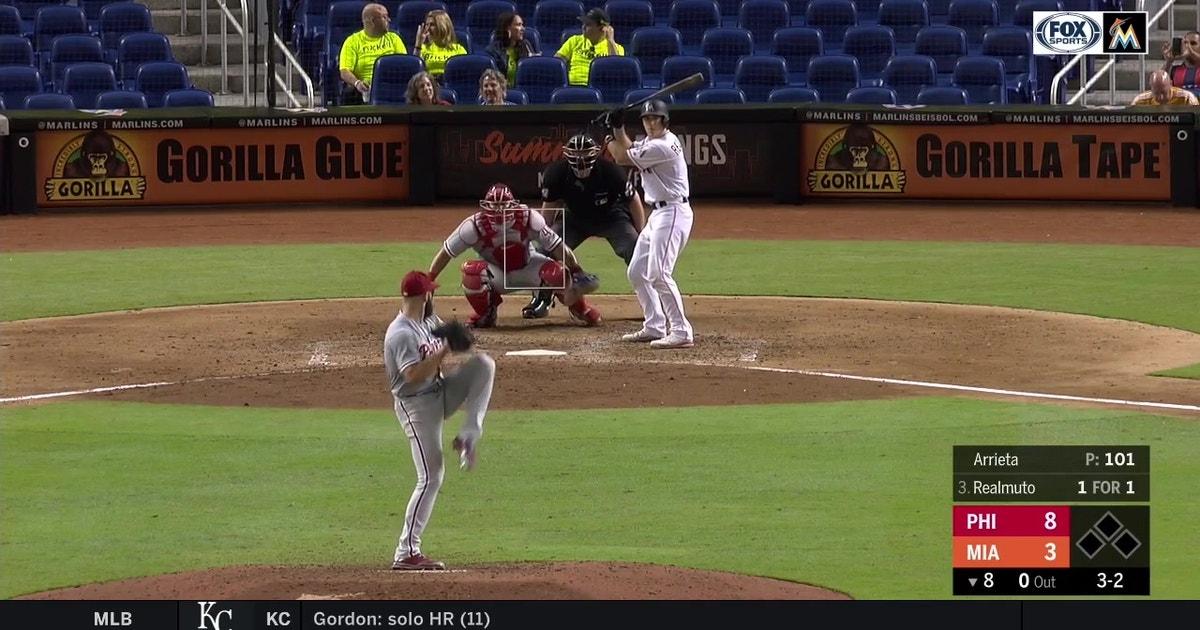 MUST WATCH: J.T. Realmuto breaks Marlins single-season home run record for a catcher