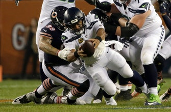Wilson, Seahawks offense struggle against Bears