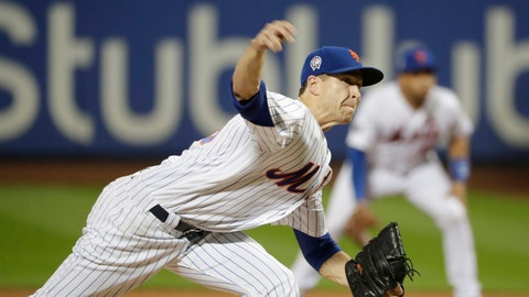 <p>               New York Mets' Jacob deGrom (48) delivers a pitch during the fourth inning of a baseball game against the Miami Marlins Tuesday, Sept. 11, 2018, in New York. (AP Photo/Frank Franklin II)             </p>