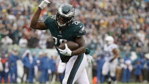 <p>               Philadelphia Eagles' Wendell Smallwood reacts after a catch during the first half of an NFL football game against the Indianapolis Colts, Sunday, Sept. 23, 2018, in Philadelphia. (AP Photo/Matt Rourke)             </p>