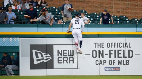 <p>               Detroit Tigers left fielder JaCoby Jones climbs the outfield wall but can't reach a Houston Astros' Tyler White two-run home run in the fourth inning of a baseball game against the Detroit Tigers in Detroit, Tuesday, Sept. 11, 2018. (AP Photo/Paul Sancya)             </p>