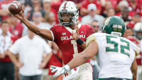 <p>               Oklahoma quarterback Kyler Murray (1) passes against Baylor in the first half of an NCAA college football game in Norman, Okla., Saturday, Sept. 29, 2018. (AP Photo/Alonzo Adams)             </p>