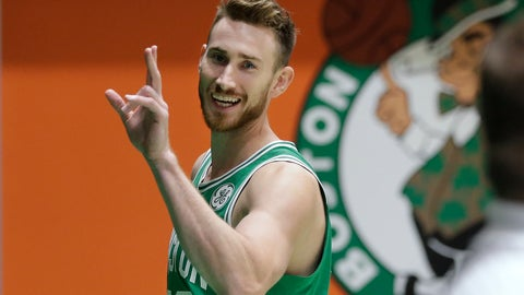 <p>               Boston Celtics' Gordon Hayward waves as he steps off the basketball court after speaking with members of the media and taking part in a photo shoot, Thursday, Sept. 13, 2018, at the team's practice facility, in Boston. Hayward is working his way back from a broken leg. (AP Photo/Steven Senne)             </p>