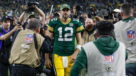 <p>               FILE - In this Sept. 9, 2018, file photo, Green Bay Packers' Aaron Rodgers walks off the field after an NFL football game against the Chicago Bears, in Green Bay, Wis. Right up until kickoff, the fans at Lambeau Field will be holding their breath to see if Aaron Rodgers can go against the Minnesota Vikings on Sunday. (AP Photo/Mike Roemer, File)             </p>