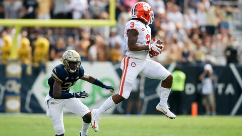 Sep 22, 2018; Atlanta, GA, USA; Clemson Tigers wide receiver Amari Rodgers (3) catches a pass over Georgia Tech Yellow Jackets defensive back Zamari Walton (21) in the first half at Bobby Dodd Stadium. Mandatory Credit: Brett Davis-USA TODAY Sports