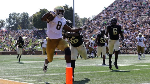 WINSTON SALEM, NC - SEPTEMBER 22:  Jafar Armstrong #8 of the Notre Dame Fighting Irish scores a touchdown against the Wake Forest Demon Deacons during their game at BB&T Field on September 22, 2018 in Winston Salem, North Carolina.  (Photo by Streeter Lecka/Getty Images)
