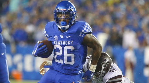 Sep 22, 2018; Lexington, KY, USA; Kentucky Wildcats running back Benny Snell Jr. (26) runs the ball against the Mississippi State Bulldogs in the second half at Kroger Field. Kentucky defeated Mississippi State 28-7. Mandatory Credit: Mark Zerof-USA TODAY Sports